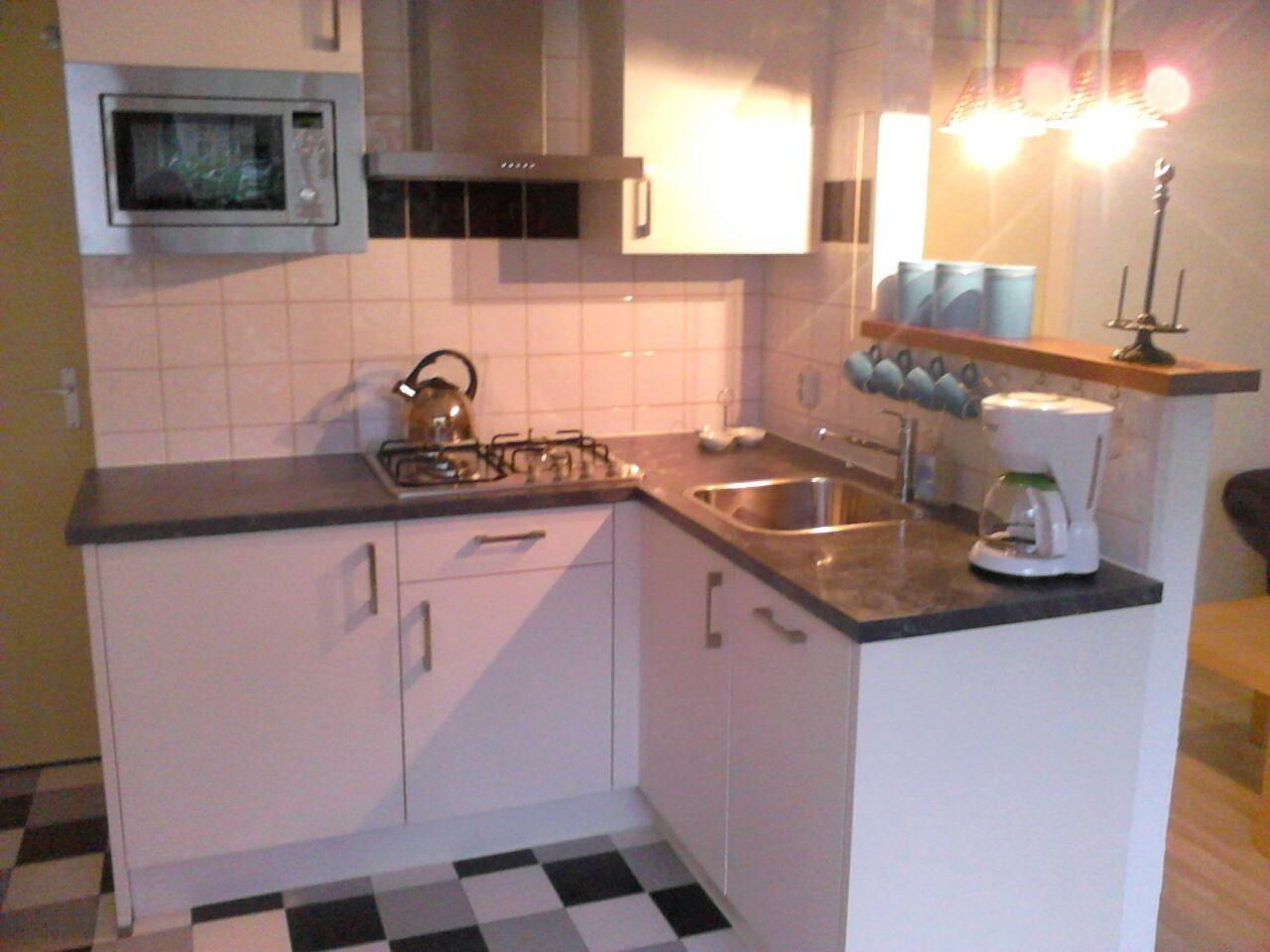 De keuken is in 2014 geplaatst